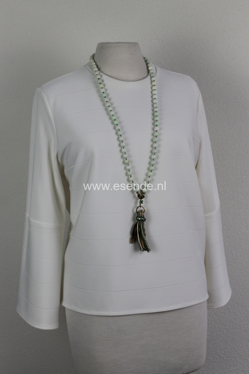 Off white shirt met ronde hals