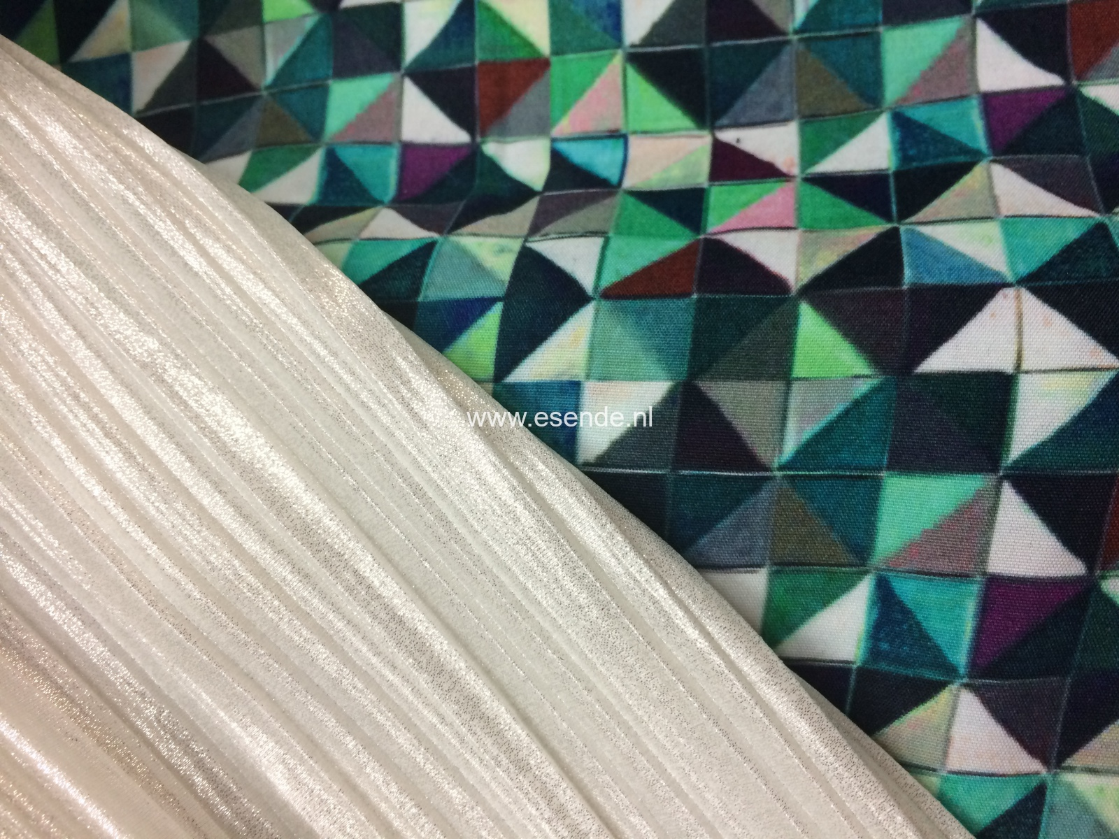 100 % polyester plissé en 100% viscose italiaans design