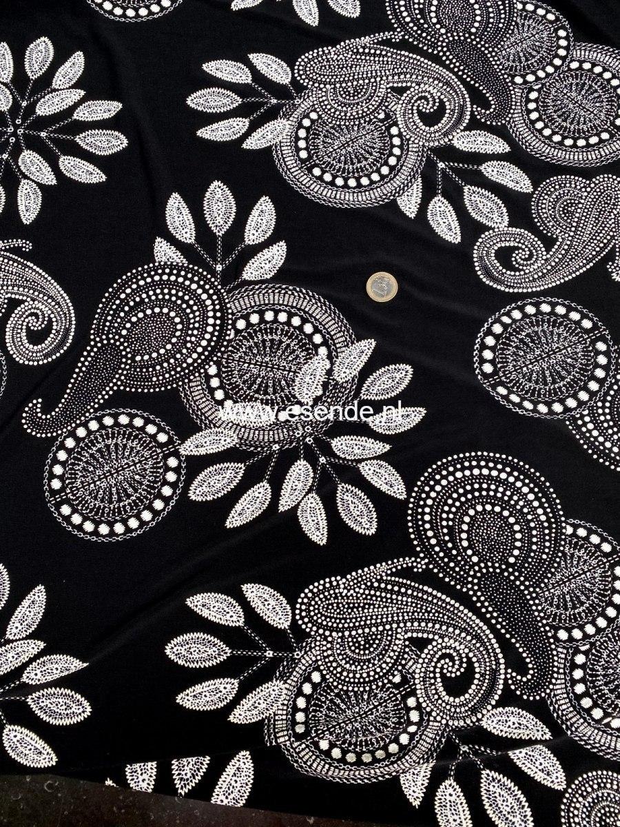 95% polyester 5 % elastan met relièf bloemen cirkel motie